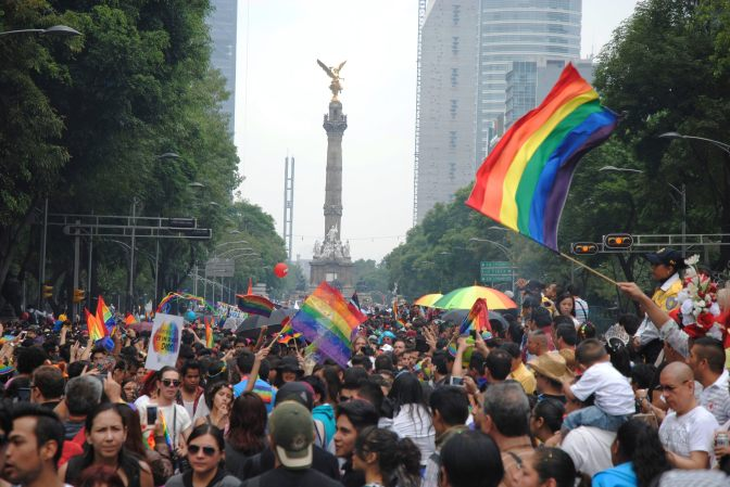 Anuncian la XL Marcha del Orgullo LGBTTTI CDMX